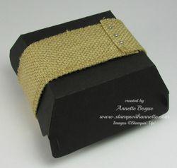 Hmbgr Box_burlap wrap